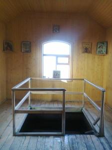 Святые источники Храм Воскресения Христова, село Ундоры